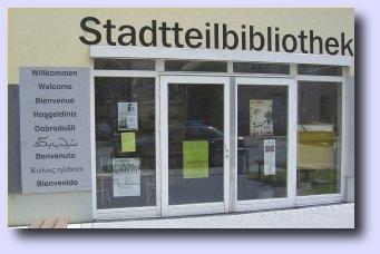 Die türkische Bibel in die örtlichen Büchereien