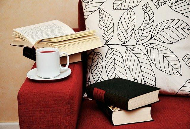 Zeit zum Lesen und Weiterbilden